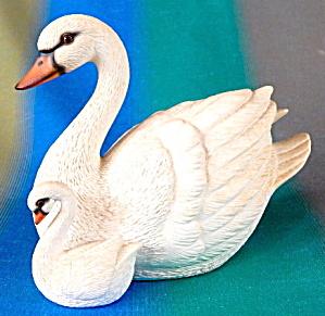 Vintage Swan & Baby (Image1)