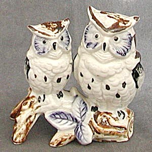 Vintage Blue & Brown China Owls (Image1)