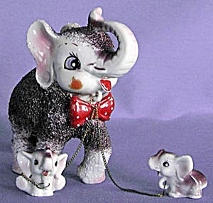 Vintage Mother Elephant And 2 Babies Figurine