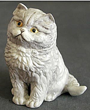 Blue Persian Kitten by Royal Worcester (Image1)
