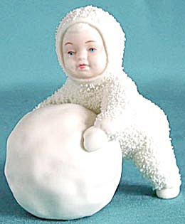 Retired Dept 56 Snowbabies: I'm Making Snowballs! (Image1)