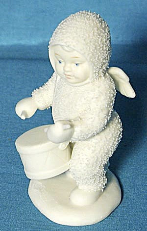 Retired Dept 56 Snowbabies: Shall I Play For You (Image1)
