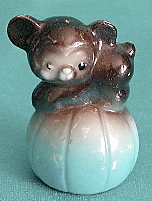 Vintage Bear on Ball Figurine (Image1)