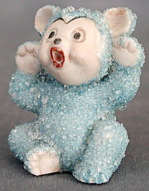 Vintage Blue Bear Sitting Figurine (Image1)