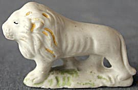 Vintage Bisque Lion (Image1)