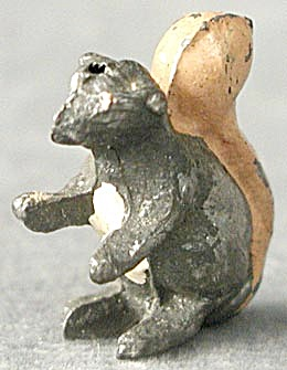 Vintage Lead Squirrel (Image1)