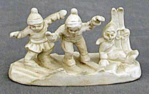 Vintage German Figurine of Children Trying to Ski (Image1)