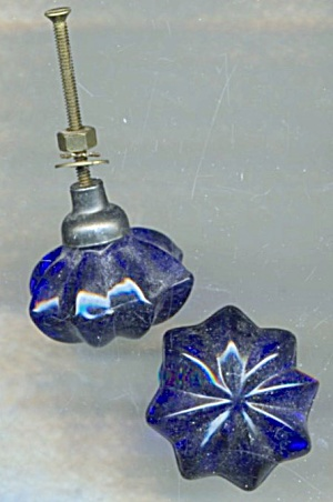 Drawer Knobs Cobalt Glass Set of 2 (Image1)