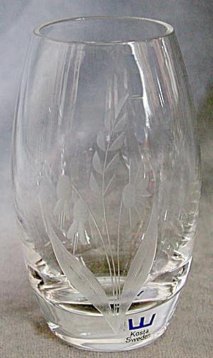Kosta Vase (Image1)