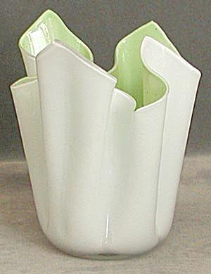 Vintage Handkerchief Vase (Image1)