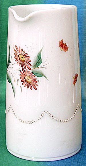 Vintage Heisey Milk Glass Pitcher (Image1)