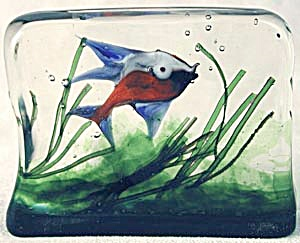 Vintage Art Glass Aquarium Block (Image1)