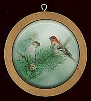Purple Finch 1988 Hallmark Ornament (Image1)