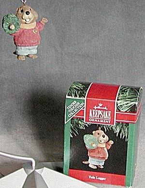 Hallmark Yule Logger Christmas Ornament (Image1)
