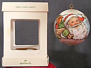 Here Comes Santa Hallmark Ornament 1978 (Image1)