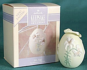 Hallmark Easter Lily Egg Ornament (Image1)