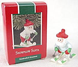 Hallmark Snowplow Santa Ornament (Image1)