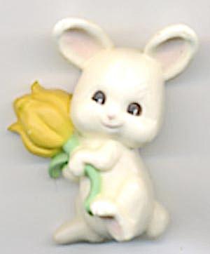Hallmark Bunny Holding a Yellow Tulip Pin (Image1)