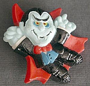 Hallmark Dracula Halloween Pin (Image1)