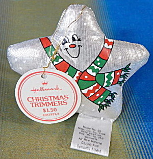 Hallmark 1982 Metallic Cloth Star Ornament