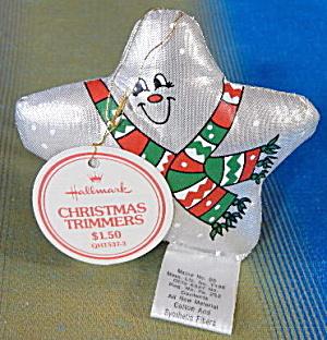 Hallmark 1982 Metallic Cloth Star Ornament (Image1)