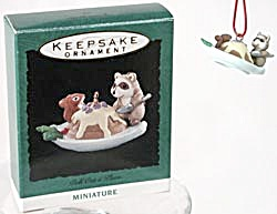 Hallmark Miniature Ornament Pull Out A Plum (Image1)