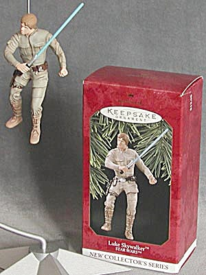 Hallmark Luke Skywalker Ornament (Image1)