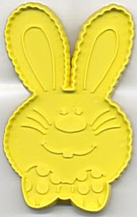 Hallmark Yellow Bunny with Bow Tie Cookie Cutter (Image1)