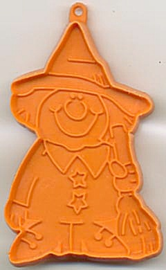 Hallmark Witch Holding Broom  Cookie Cutter (Image1)