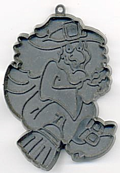 Hallmark 1981 Witch On Broom Cookie Cutter (Image1)