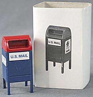 Dept 56 Snow Village Mailbox (Image1)