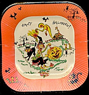 Vintage Paper Plates Everything Hallloween On Them