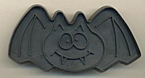 Vintage Cat & Bat Cookie Cutters (Image1)