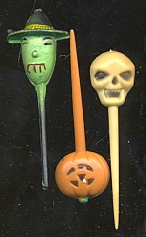 Vintage Nalloween Plastic Picks Set Of 17 (Image1)