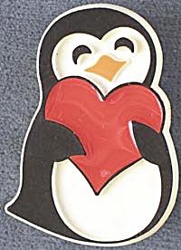 Hallmark  Penguin w/ Heart  Pin (Image1)