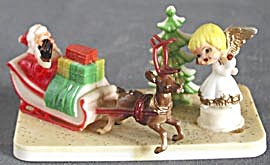Vintage Santa in Sleigh with Angel Decoration (Image1)