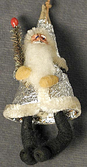 Santa With Snowball Body