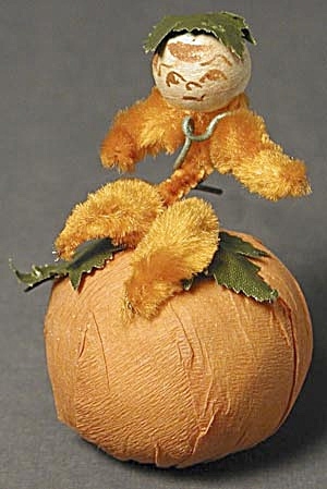 Vintage Pumpkin Vine Boy Halloween Candy Container (Image1)