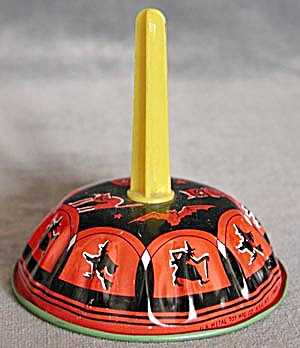 Vintage Halloween Noise Maker (Image1)