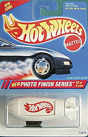 Hot Wheels #332 Flyin' Aces Blimp