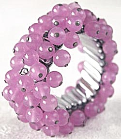 Vintage Pink Beaded Glass Stretch Bracelet & Earrings (Image1)