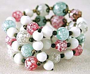 Vintage Multicolor Beaded Glass Memory Bracelet (Image1)