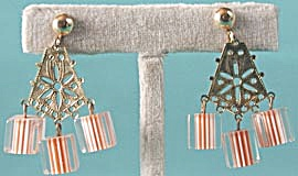 Vintage Chandelier Style Lucite Earrings (Image1)