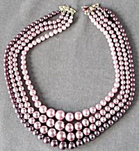 50's Mauve Faux Pearl Necklace