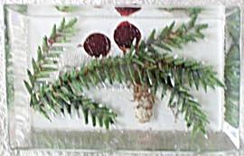 Vintage Pine Cone Acryllic Pin (Image1)