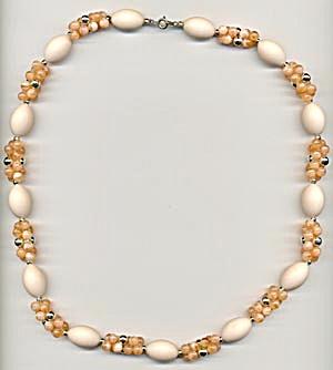 Peach Necklace (Image1)