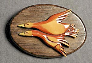 Bakelite Pin: Flying Ducks (Image1)