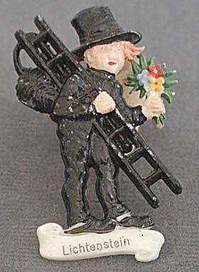 Vintage Plastic Chimney Sweep Pin (Image1)