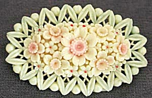 Vintage Occupied Japan Celluloid Oval Flower Pin (Image1)