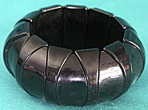 Black Plastic Stretch Bracelet (Image1)